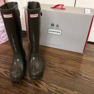 Brand New Hunter Rain Boots with box!!